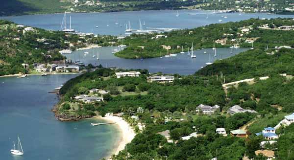 6平方公里(安提瓜岛280平方公里,巴布达岛160平方公里,无人居住的雷东